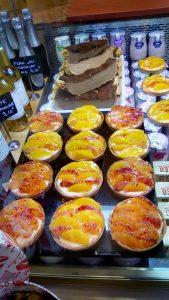 Maison-Kulas-traiteur-tartelettes-fruits-de-la-passion-min