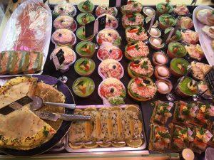 Menu-maison-kulas-buffet-froid-assortiements-min